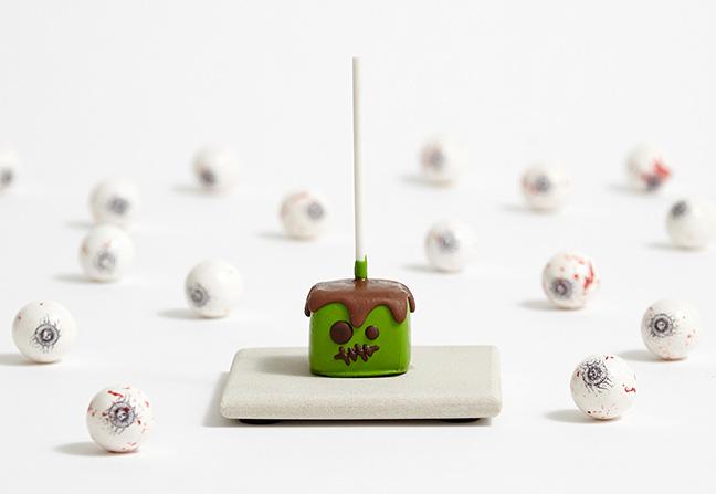 Shari's Berries Fall Social Content